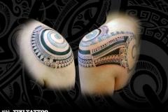 tatouage spirale épaule