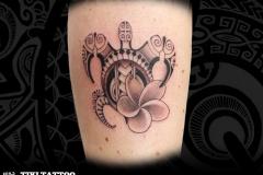 femme_tortue_tatouage_molet