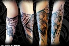 tatouage_avant_bras_fleur_lys